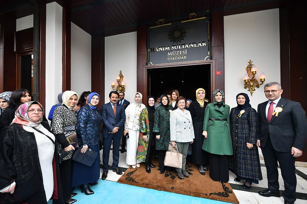 Başkan Hilmi Türkmen, son yıllarda hükümetin düzenlediği sosyal kampanyalar ve çıkardığı yasalarla farkındalığın yükseldiğine dikkat çekti