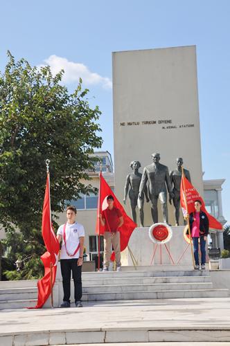 19 Eylül Gaziler Günü, Üsküdar'da düzenlenen törenle kutlandı.