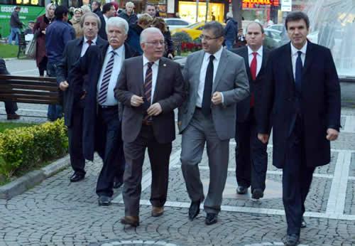 Türkiye - Makedonya Parlamentolar Arası Dostluk Grubu, Üsküdar Belediyesi'ni ziyaret etti.