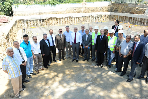 İstanbul Valisi Hüseyin Avni Mutlu, İstanbul İl Özel İdaresi'nin Üsküdar'daki yatırımlarını inceledi.