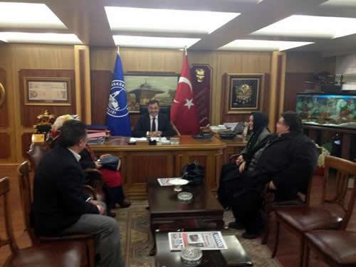 Üsküdar Belediye Başkanı Mustafa Kara, Çamlıca'ya yapılacak cami için ruhsat verdiklerini ve çalışmanın başlayacağını Twitter aracılığıyla Sosyal Medya üzerinden duyurdu.