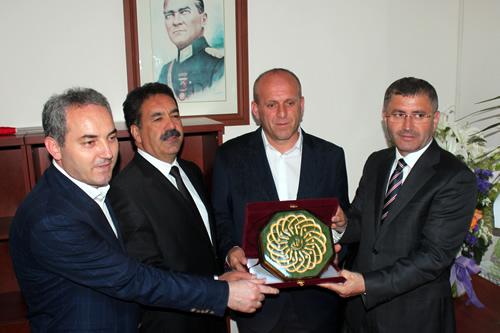 Güzeltepe Mahallesi yeni muhtarlık binası düzenlenen törenle hizmete açıldı.