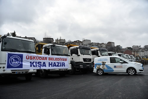 Üsküdar Belediyesi kış hazırlıkları kapsamında kar yağışı sonrası buzlanma ve don olaylarına karşı hazırlıklarını tamamladı