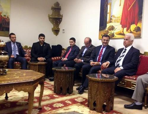Cumhurbaşkanı Derviş Eroğlu'nun İstanbul temasları kapsamında, Üsküdar Belediyesi Gençlik Merkezi'ni ziyaret etti.