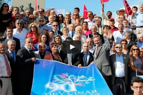CHP'nin 90. Kuruluş Yıldönümü Üsküdar Çeşitli Etkinliklerle Kutlandı. Üsküdar İlçe Başkanı Mustafa Çetinkaya, kutlamalar çerçevesinde Şemsipaşa'daki Atatürk Anıtı'na çelenk konulmasının ardından bir konuş yaptı.