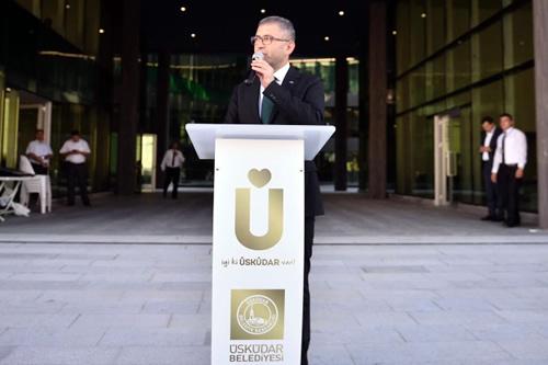 Hilmi Türkmen, ''Sevinçliyiz, mutluyuz, bu güzel hizmet binasını bize tamamlama fırsatı veren Allah'a şükrediyoruz.''