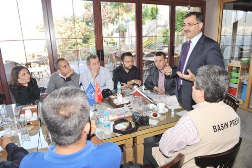 Üsküdar Belediye Başkanı Mustafa Kara, yerel basın temsilcileri ile bir araya geldi.