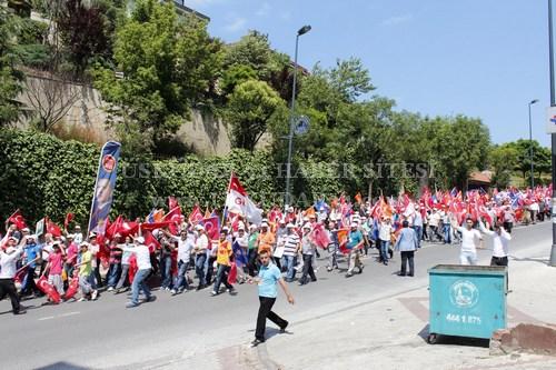 Üsküdar ''Milli İradeye Saygı'' için yollara düştü