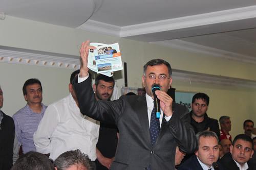 AK Parti Üsküdar İlçe Başkanlığı'nın düzenlemiş olduğu mahalle danışma meclisleri programları hızla devam ediyor.