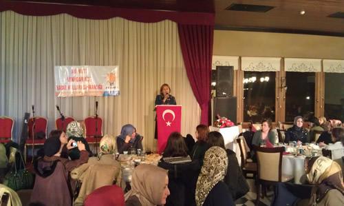 AK Parti Üsküdar Kadın Kolları, Kadınlar Günü'nü Kutladı