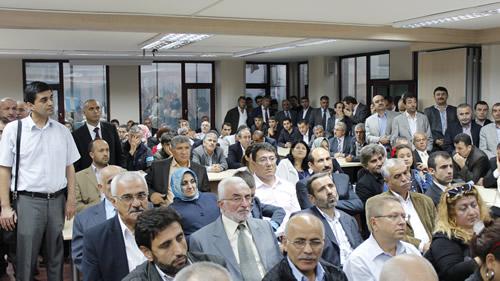 AK Parti Üsküdar İlçe Teşkilatı 27 Ekim 2012 Cumartesi günü ilçe binasında gerçekleştirilen program ile bayramlaştı.