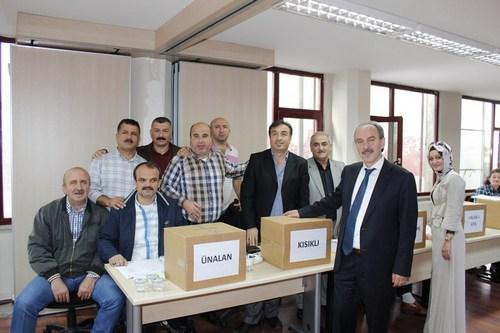 AK Parti Üsküdar İlçe Başkanlığı tarafından yaklaşan 5. olağan kongre öncesinde mahalle delege seçimleri yapıldı.