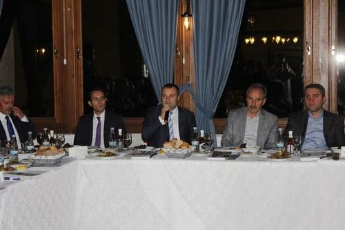 Anadolu Yakası AK Partili Belediye Başkan Yardımcıları Koordinasyon Toplantısı'na bu ay Üsküdar Belediyesi ev sahipliği yaptı.