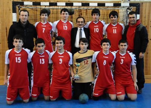 İstanbul Liseli Genç Erkekler Hentbol Şampiyonası Özel Cent Lisesi ile Çengelköy Lisesi arasında oynanan karşılaşma sonucunda belli oldu.