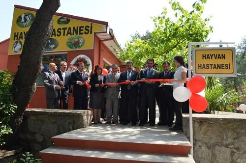 Selimiye Veteriner Mesleki ve Teknik Anadolu Lisesi Hayvan Hastanesi, düzenlenen törenle hizmete girdi