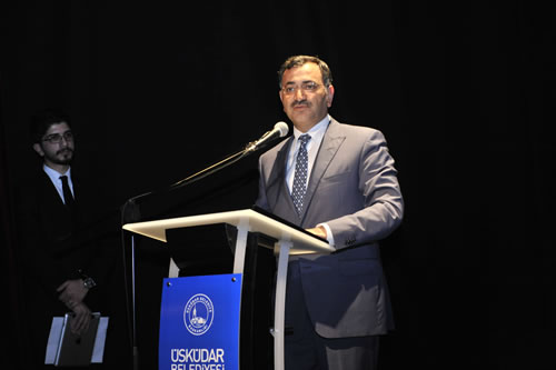 4 yıl önce Kahramanmaraş yakınlarında geçirdiği helikopter kazasında hayatını kaybeden Büyük Birlik Partisi Kurucu Genel Başkanı Muhsin Yazıcıoğlu, Üsküdar'da düzenlenen programla anıldı.