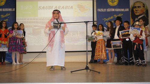 Sultantepe Ortaokulu 5. sınıf öğrencileri farklı bir yılsonu etkinliği düzenledi