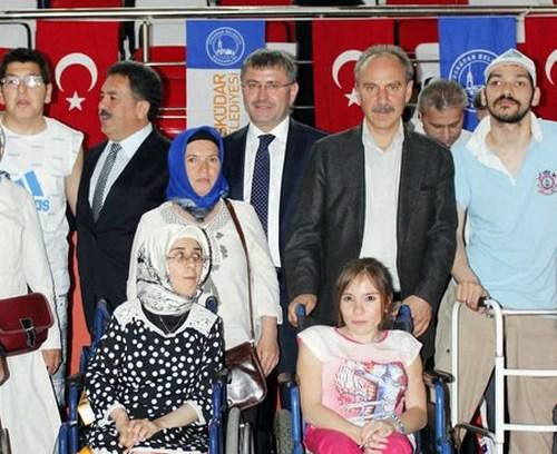 5'incisi düzenlenen Üsküdar Belediyesi Yaz Spor Okulu, düzenlenen törenle eğitime başladı