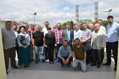 Üsküdar Belediye Başkanı Hilmi Türkmen, yerel seçimlerin ardından ilk defa Üsküdar yerel basın temsilcileriyle bir araya geldi.
