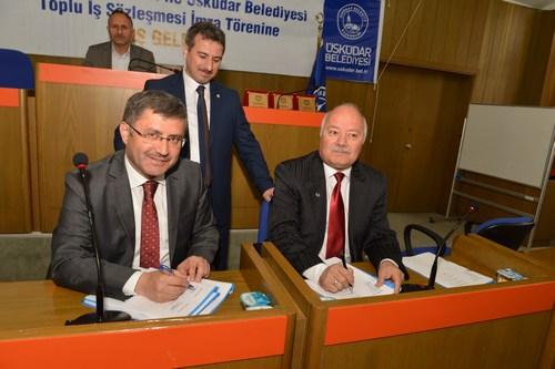 Üsküdar Belediyesi ile Hizmet-İş Sendikası arasında yaklaşık 80 işçiyi kapsayan Toplu İş Sözleşmesi, Üsküdar Belediyesi'nde düzenlenen törenle imzalandı.