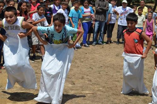 Üsküdar Belediyesi Bilgi Evleri, 2012 Eğitlence (Eğitim-Eğlence) Yaz Okulu'nu gerçekleştirdiği piknikle noktaladı.