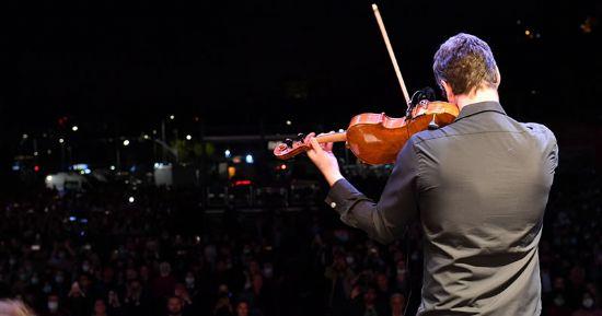 Üsküdar 2021-2022 Kültür ve Sanat SezonuEvgenyGrinko'nun Muhteşem Konseriyle açıldı