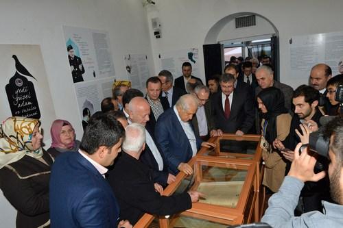 Yedi Güzel Adam Kütüphanesi Üsküdar'da açıldı