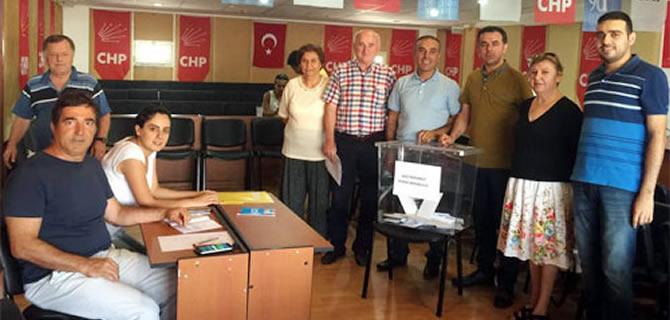 Bar�� Yarkada�, CHP �sk�dar �l�e Ba�kanl���'nda oyunu kulland�