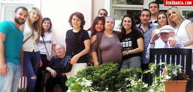 CHP �sk�dar Gen�lik �rg�t�'neden Huzurevi ziyareti