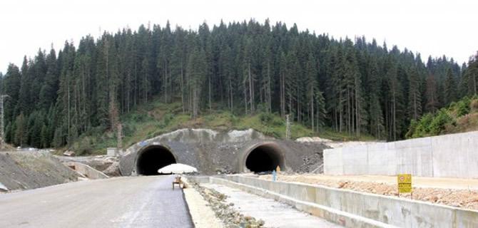 Ilgaz Dağı Tüneli'nde sona gelindi, Tünel 8 dakikada geçilebilecek