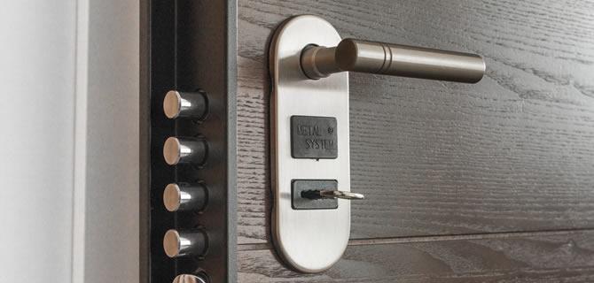 Kapıda Kaldığınızda Ne Yapmanız Gerektiğini Biliyor musunuz?