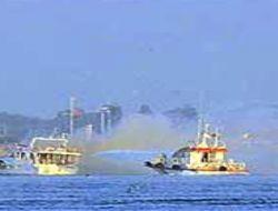 Kız Kulesi'nde tekne yandı