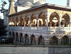 Marmara İlahiyat Vakfı Camisi yıkılacak