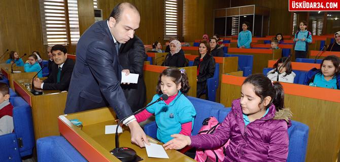 Minik demokratlar Üsküdar Belediyesi'nde