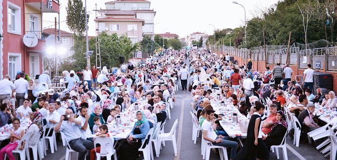 Ramazan ayında belediyeler İstanbul'da servet harcadı