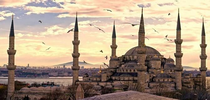 400 yıllık tarihi Sultanahmet Camisi?nin minare restorasyonu tamamlandı
