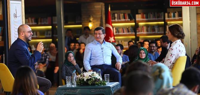 �sk�dar Nevmekan, Ba�bakan Ahmet Davuto�lu'nu a��rlad�